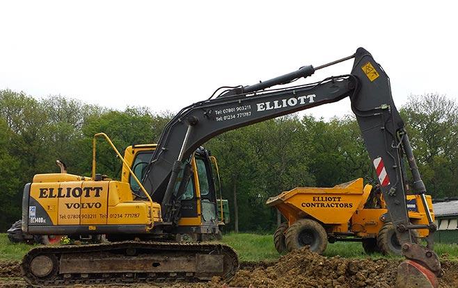 Call Elliott Contractors today on 01234 771 787